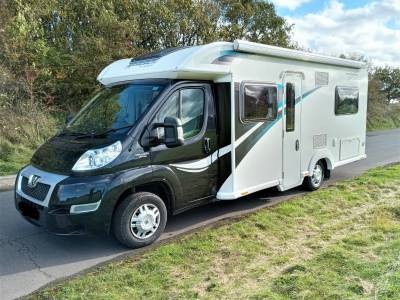 Bailey Autograph Approach 740, 4 Berth, French Bed
