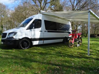 Knowmans Leisure - Mercedes - Off Grid Race Van - 4 berth - Sports Garage