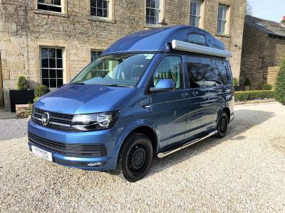 2016 VW Leisure Drive Highline Vivante T6 - 150bhp - bed in roof - 3 berth - 3 seatbelts - Towbar - Bike Rack