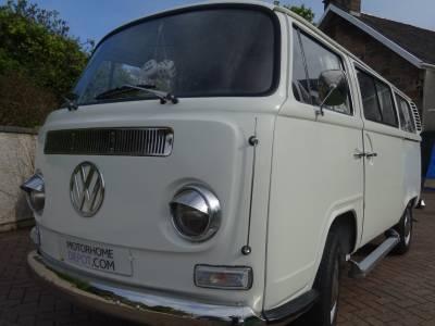 VW Classic T2 Bay Westfalia 1972 Camper