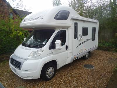 Swift Sundance 590RL 4 Berth 4 Travel Seat Rear Lounge Motorhome For Sale