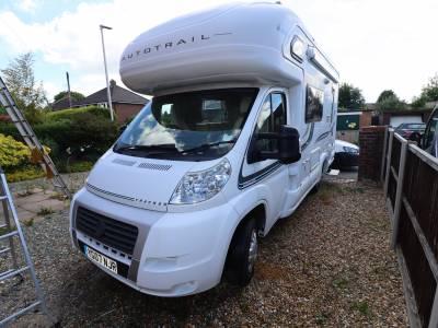 Autotrail Tracker EKS 4 Travelling seats 4 Berth Motorhome For Sale