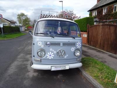 1971 VW T2 Camper