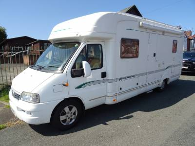 Bessacarr E760 4 berth low profile fixed French bed low miles motorhome for sale