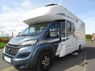 Auto-Trail Tracker RB Fixed Island Bed, 4 Berth 2020 For Sale