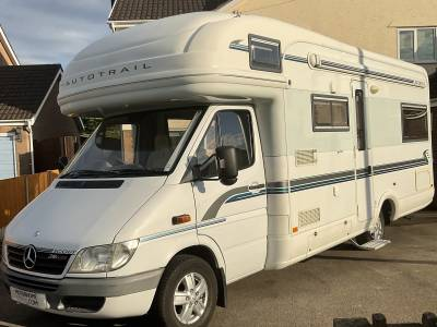 Auto-trail Scout SE, 2006, 6 Berth, 4 Seat Belts, Mercedes Chassis