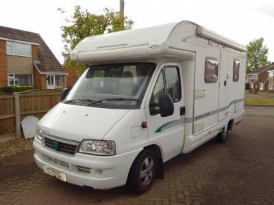 Bessacarr E450 2006 2 Berth Fixed Bed Motorhome For Sale