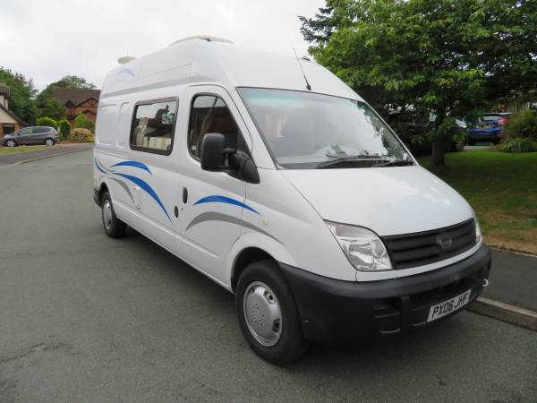 LDV Maxus 2 berth conversion
