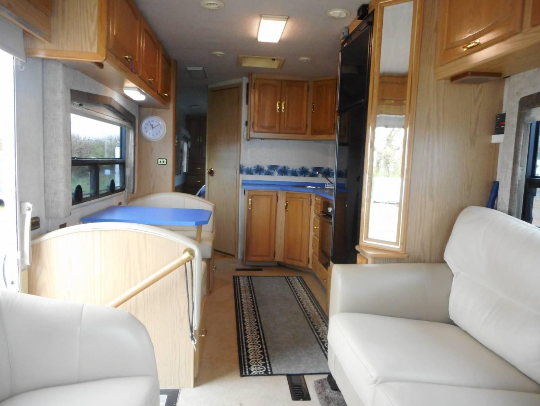 Winnebago Vectra RV