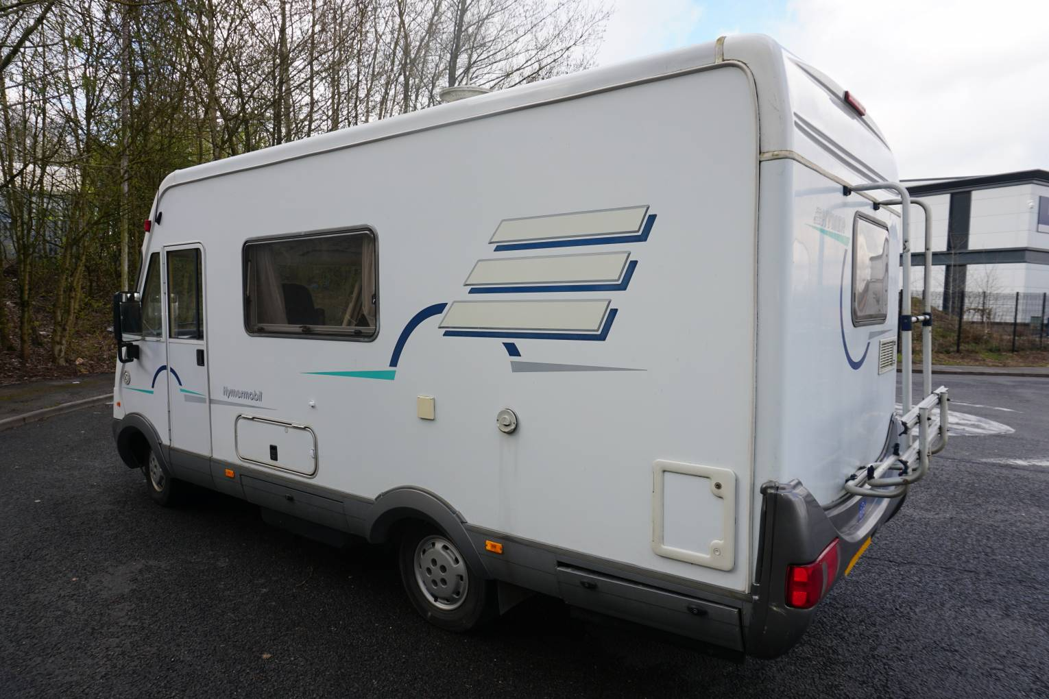 hymer b544 over cab bed centre dinette motorhome for sale
